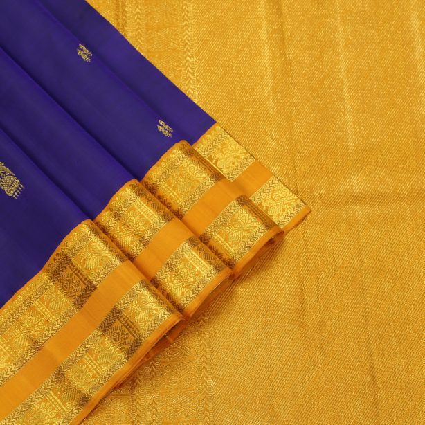 Korvai Contrast Kanjivaram Silk Sarees